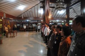 Bupati Karanganyar Rina Iriani melantik 165 pejabat eselon di lingkungan Pemerintah Kabupaten Karanganyar, di Pendopo Rumah Dinas Bupati Karanganyar, Jumat (01/02/2013) sore.