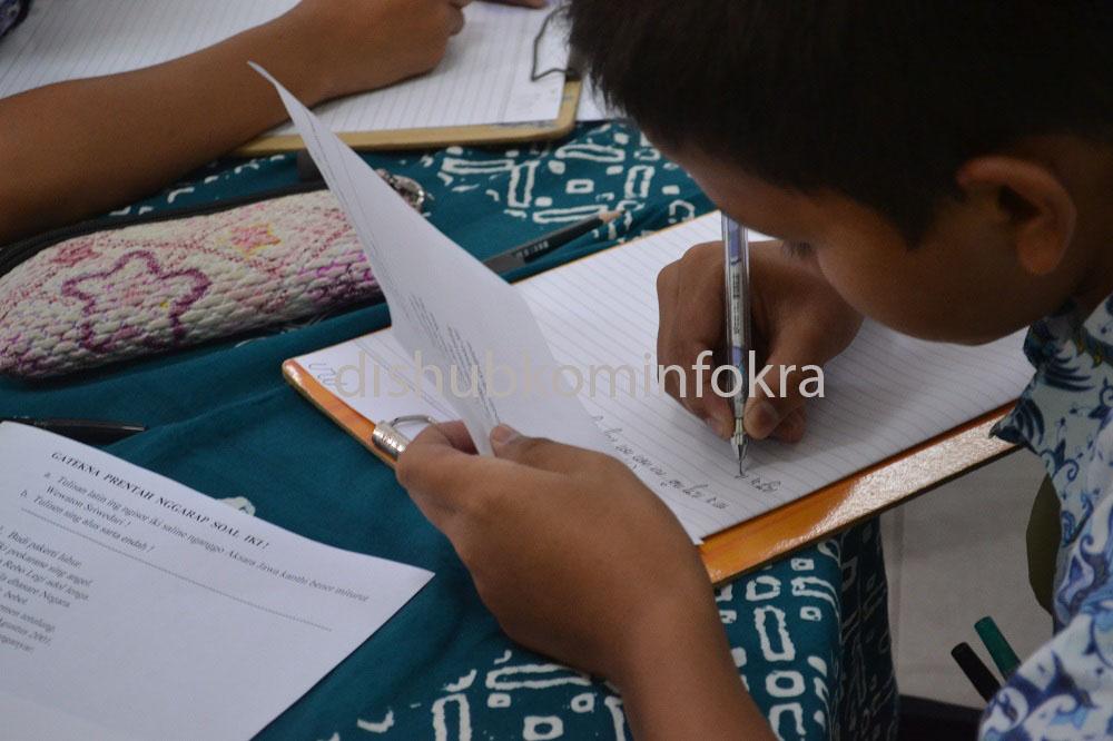 Lomba Membaca dan Menulis Aksara Jawa Bagi Pelajar