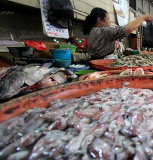 Cuaca Buruk, Ikan Laut Langka di Pasaran