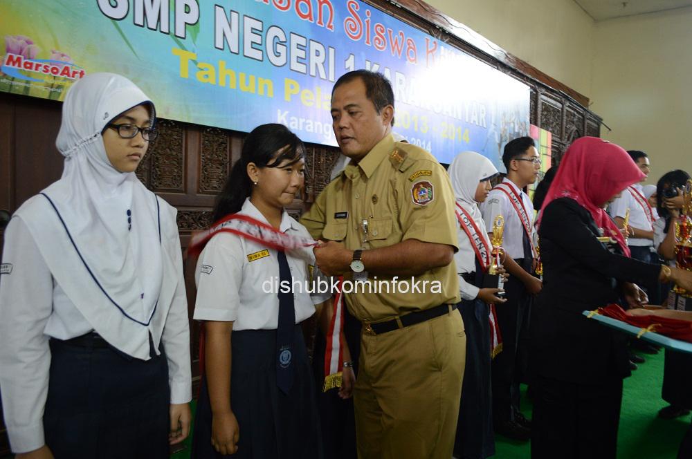 Siswi SMP Ini Raih Nilai UN 39,20