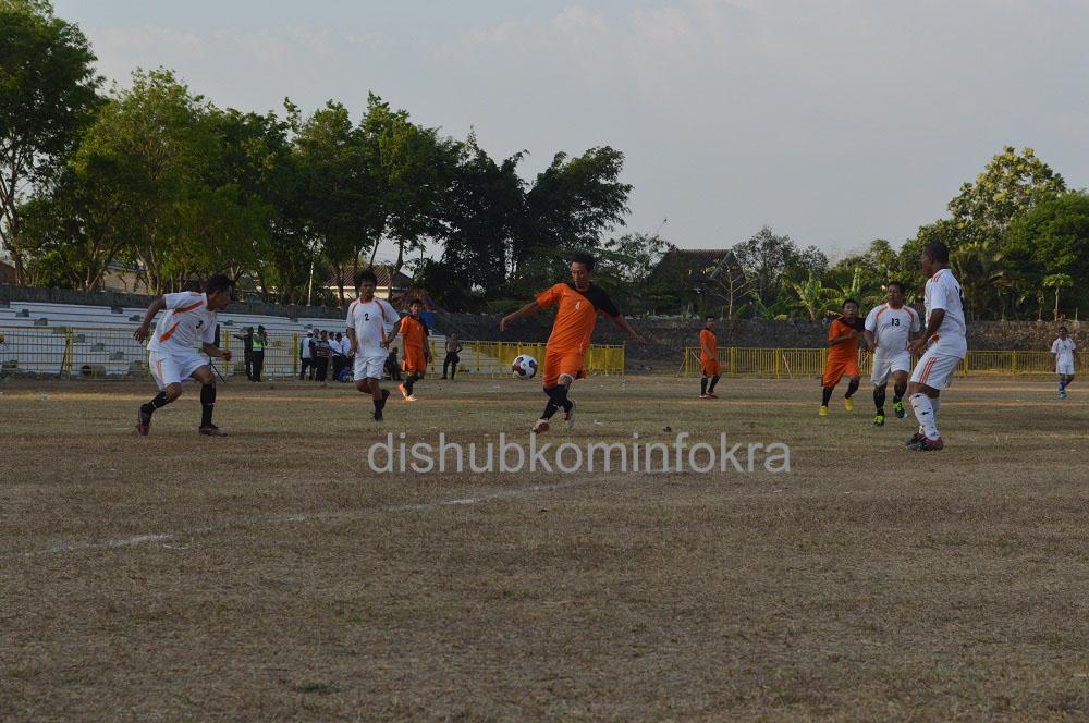 Seru, Sepakbola Antar Perangkat Desa