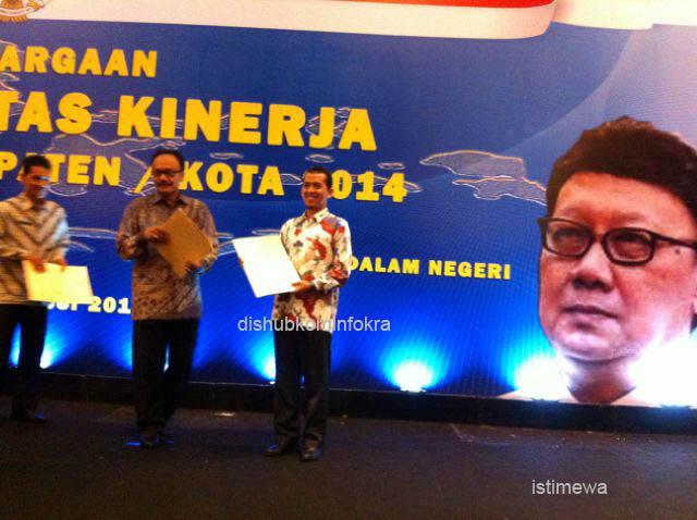 Pemkab Karanganyar Raih Penghargaan LAKIP Tahun 2014