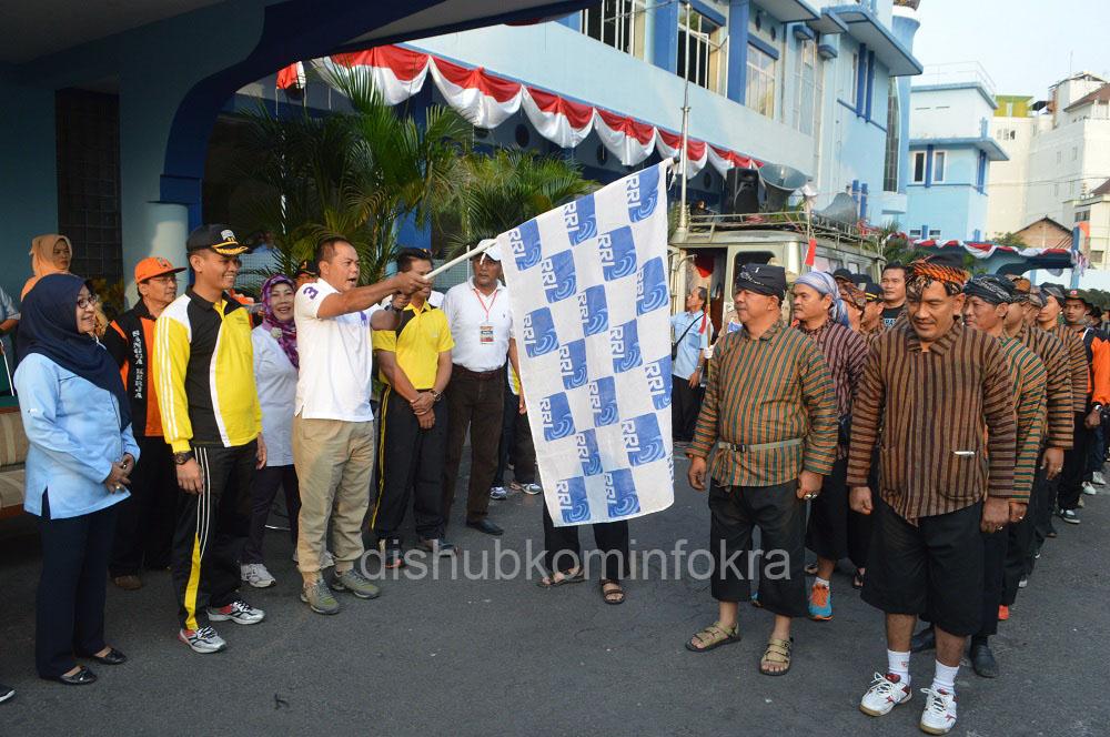 Ribuan Orang Ikuti Napak Tilas Penyelamatan Pemancar RRI Surakarta
