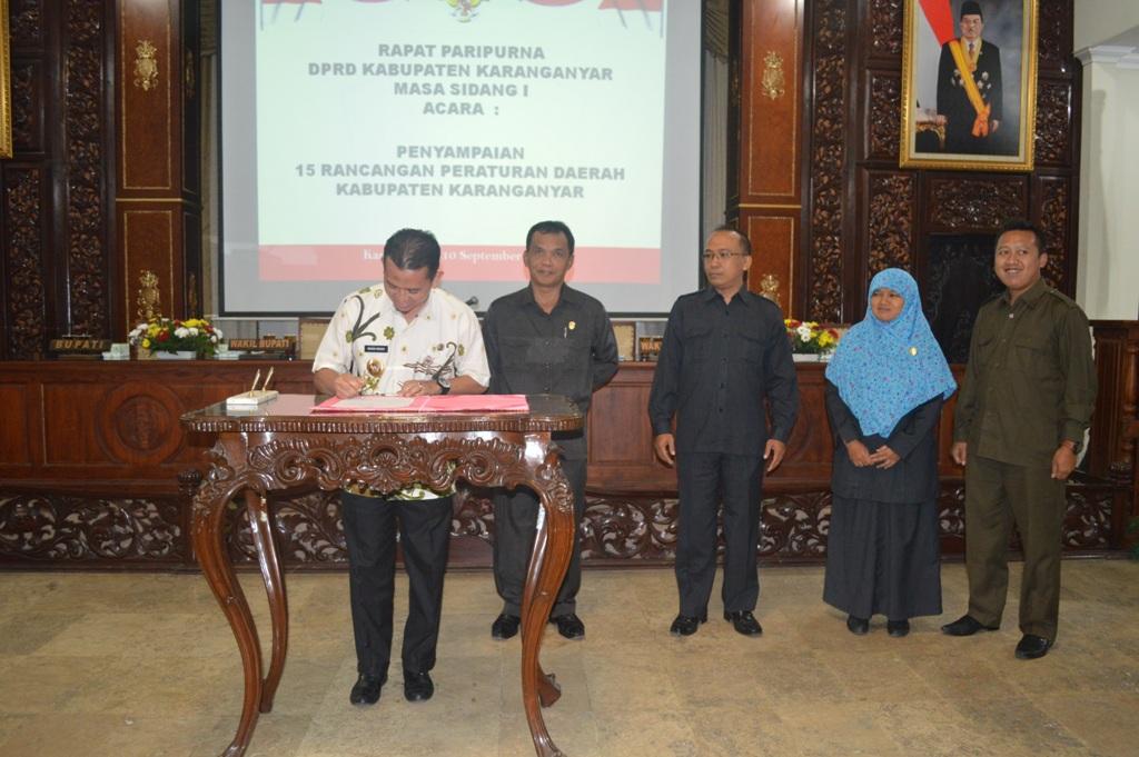 Paripurna Penyampaian Lima Belas Raperda Kabupaten Karanganyar