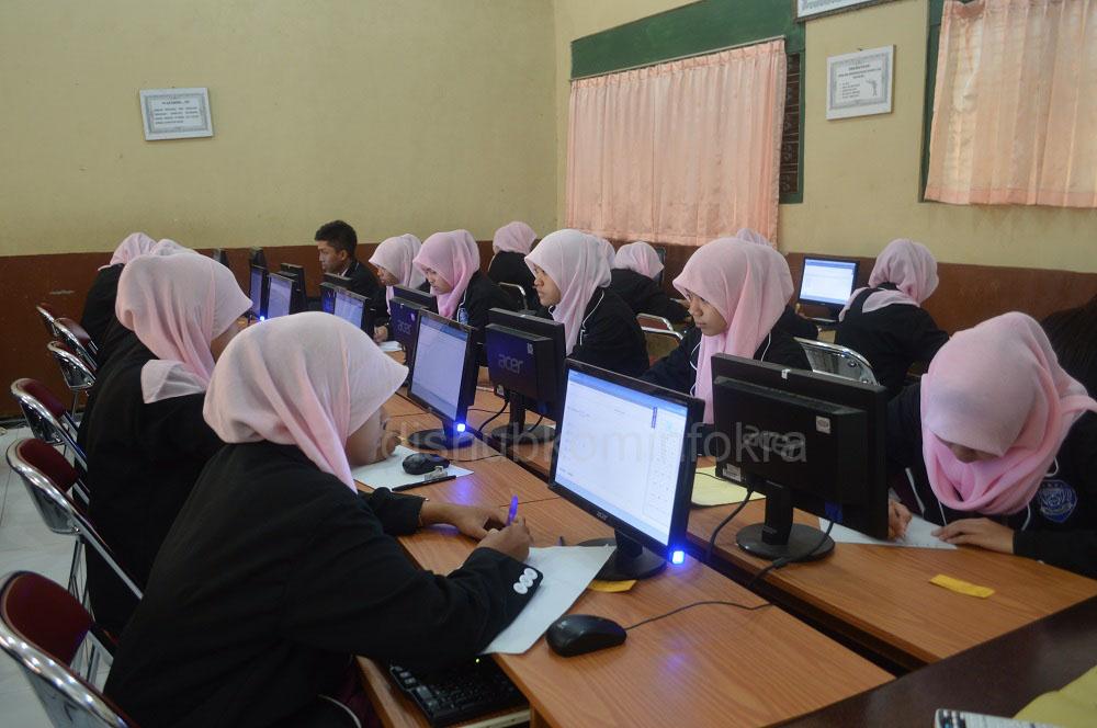 Karanganyar Siap Selenggarakan Ujian Nasional Tingkat Pendidikan Menengah