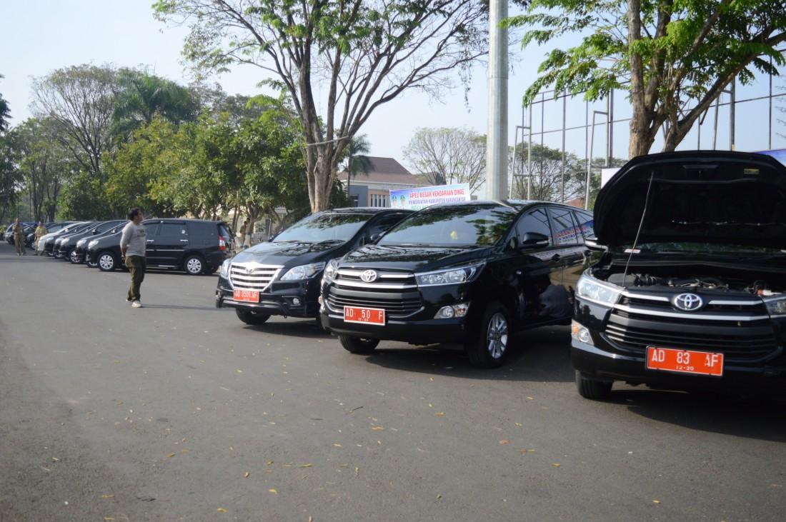 Cek Kendaraan Dinas, Sejumlah Mobil Kurang Terawat