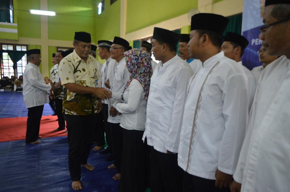 Perkuat Ukhuwah Islamiyah, Segenap Pengurus MTNI Kecamatan Colomadu Dikukuhkan