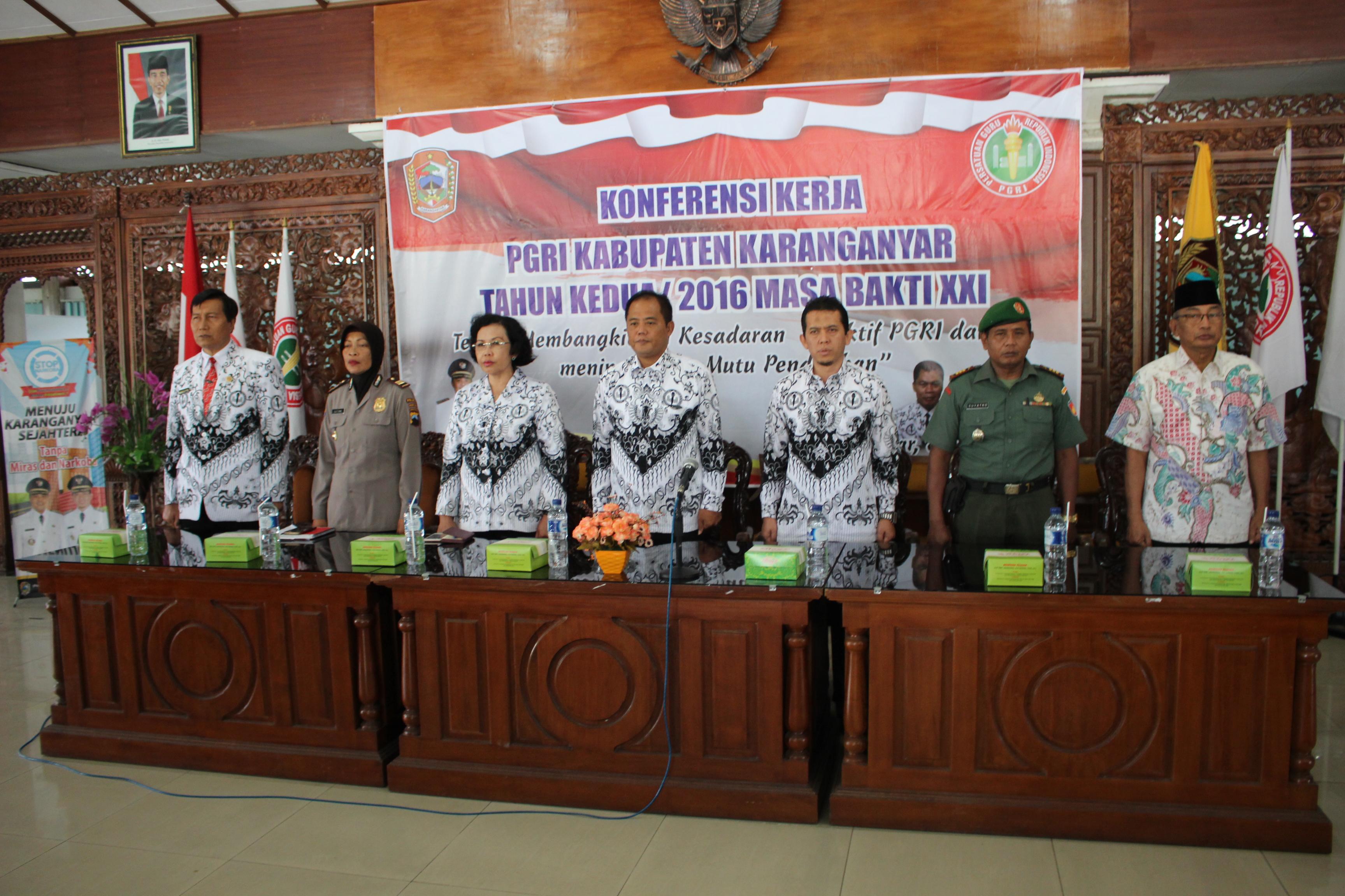 Konferensi Kerja PGRI Bahas Mutu Pendidikan dan Kesejahteraan Guru