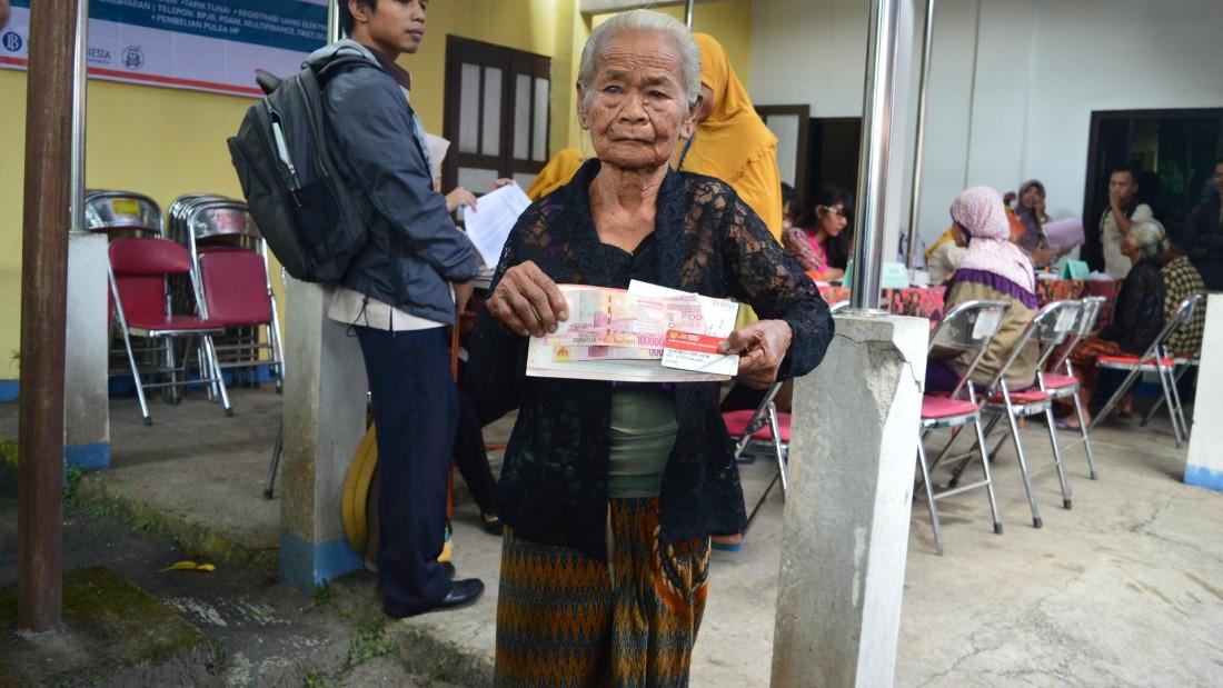 Kemensos Gelontorkan 30 Miliar Bantuan PKH Kabupaten Karanganyar