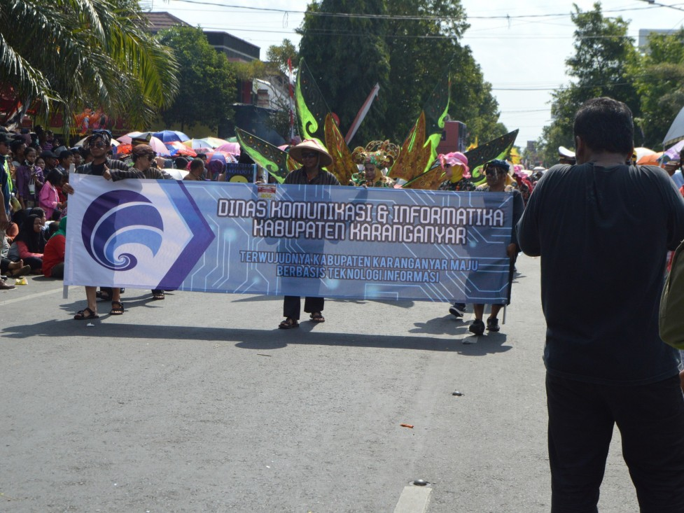 Ratusan Peserta Karnaval Ramaikan HUT Kemerdekaan RI ke-72