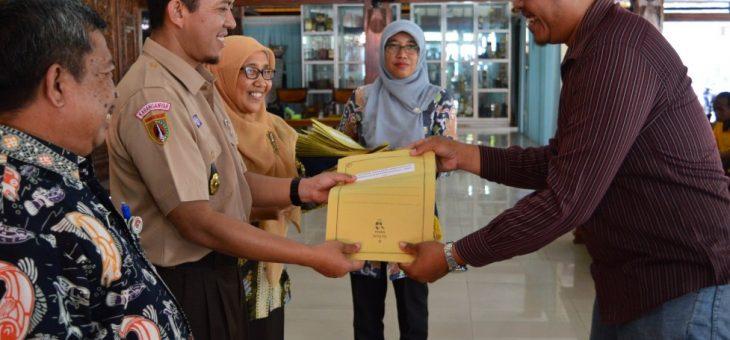 Pemkab Gelontorkan 7,7 Miliar untuk 128 Kelompok Ternak di Karanganyar