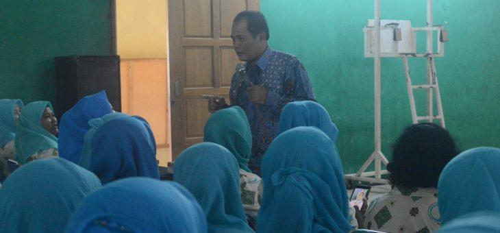 591 Kader Posyandu se Kecamatan Tasikmadu Ikuti Pembinaan