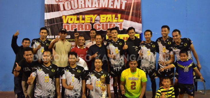 Turnamen Bola Volley dalam rangka HUT DPRD Ke 67