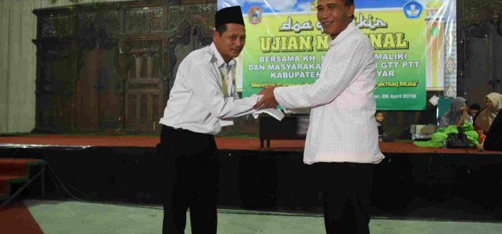 Dzikir dan doa bersama GTT dan PTT kabupaten karanganyar