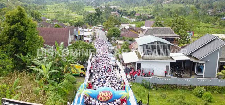 Lomba Lari Wisata 7 K sebagai salah satu event perayaan HUT DPRD ke 67