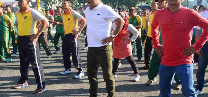 HUT Bhayangkara ke 72, Polres Karanganyar Adakan Olah Raga Bersama