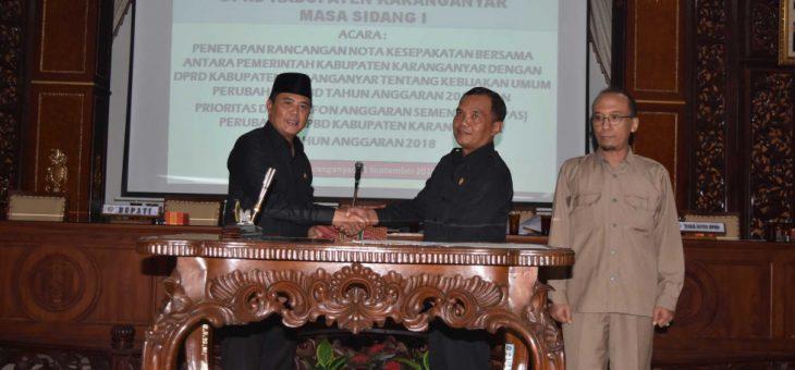 Rapat Paripurna DPRD : Putusan Penetapan Rancangan Nota Kesepakatan Pemkab Dan DPRD Terkait APBD Kab. Karanganyar