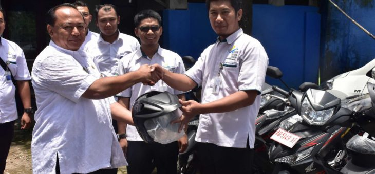 Pemberian Bantuan Sepeda Motor Kepada Pendamping Keluarga Harapan (PKH) Karanganyar