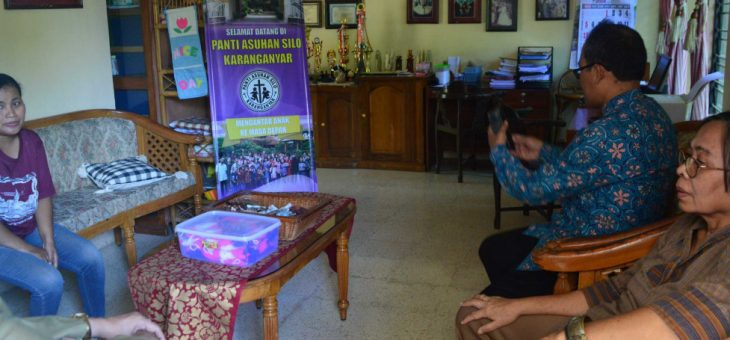 Tim Verifikator KLA Cek Lapangan Ke Beberapa Tempat Di Kabupaten Karanganyar