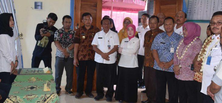 Tim Verivikasi Lapangan Calon Penerima Satyalancana Wirakarya Th. 2019 Kunjungi Desa Karangsari Jatiyoso