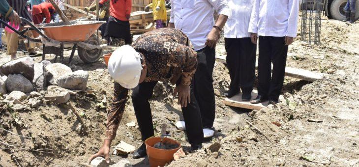Peletakan Batu Pertama Pembangunan Kantor Kecamatan Jaten, Pertengahan Desember Ditarget Selesai