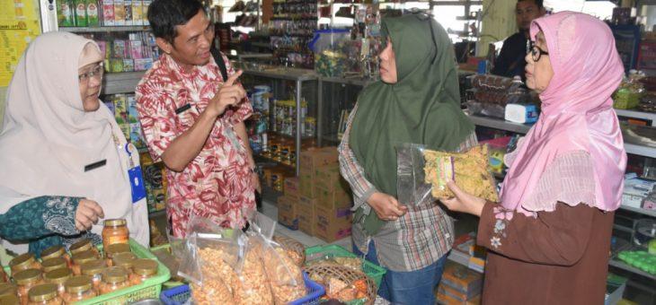 Pemberantasan Makanan DanObat Ilegal Oleh Dinas Kesehatan Kabupaten (DKK) Karanganyar