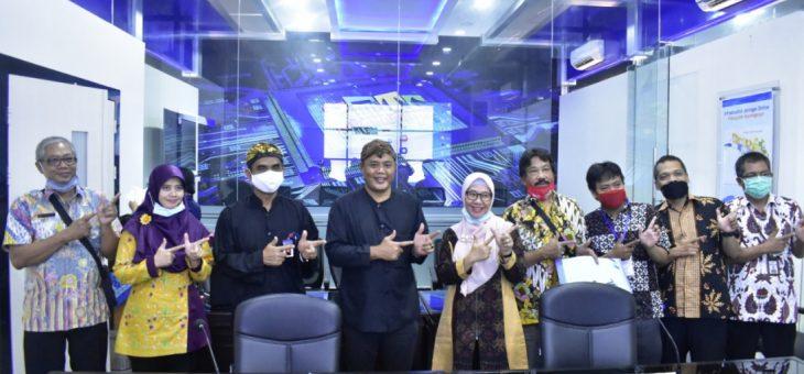 Bupati Karanganyar ; Kabupaten Karanganyar Nomor Satu Partisipasi Sensus Penduduk Online Se Jateng