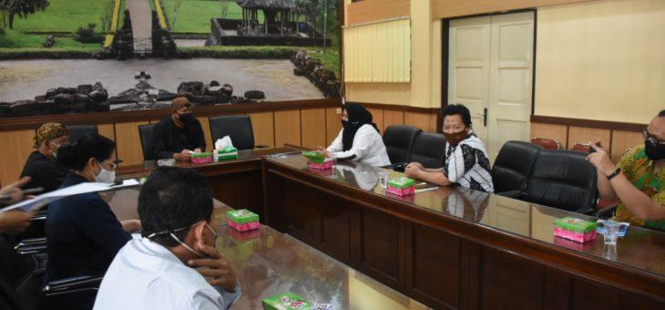 700 Mahasiswa Unisri Gagal KKN di Karanganyar, Rektorat Minta Maaf