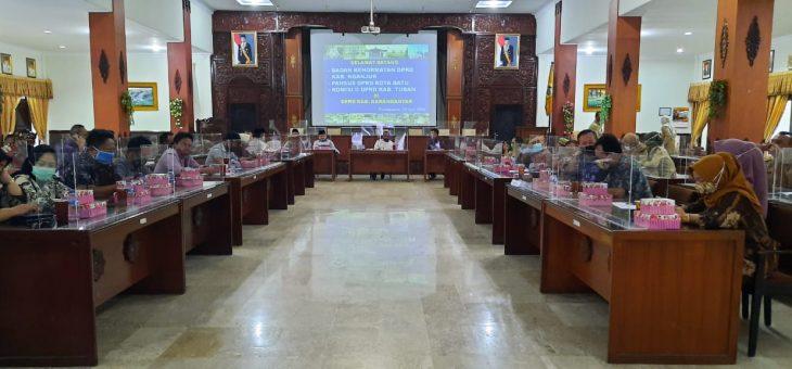 Studi Banding Kinerja BK, Tiga DPRD di Jatim Kunjungi Karanganyar