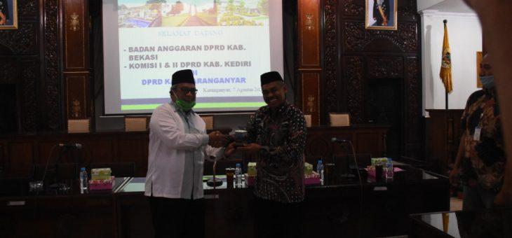 DPRD Kediri dan DPRD Bekasi 'Ngangsu Kawruh' di DPRD Karanganyar