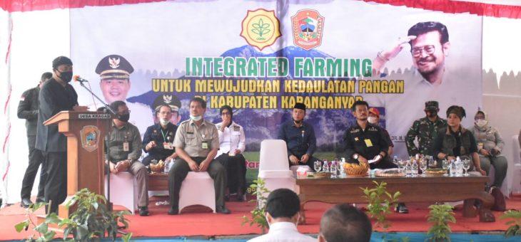 Mentan Kagumi Integrated Farming Ala Petani Desa Kragan, Minta Bupati Buat Koorporasi Untuk Petani