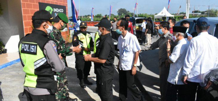 Pemkab Pantau Perayaan Natal di Karanganyar, dan Beri Bingkisan Kepada Petugas Exit Tol, di Colomadu, Klodan dan Kebakkramat