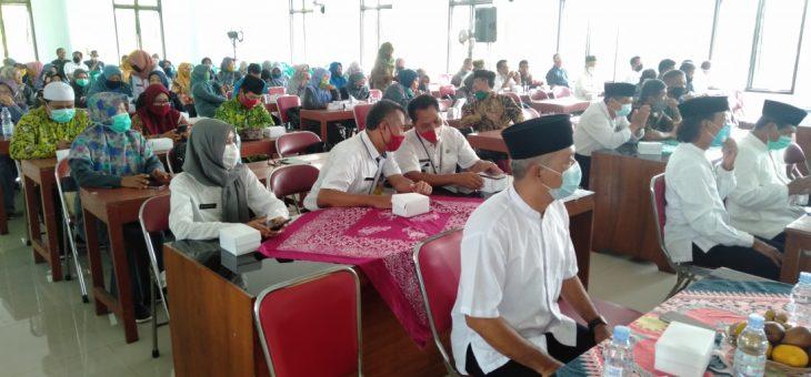 Pengajian Majelis Taklim Nurul Iman (MTNI) Kecamatan Tasikmadu, Tingkatkan Ketaqwaan dan Imunitas ditengah Pandemi